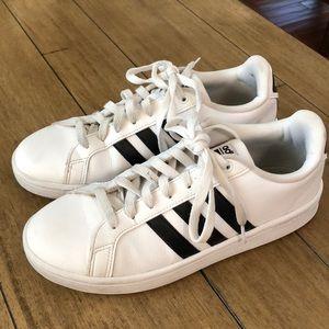 Adidas Courtside